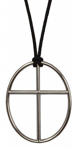 Anhänger oval Kreuz